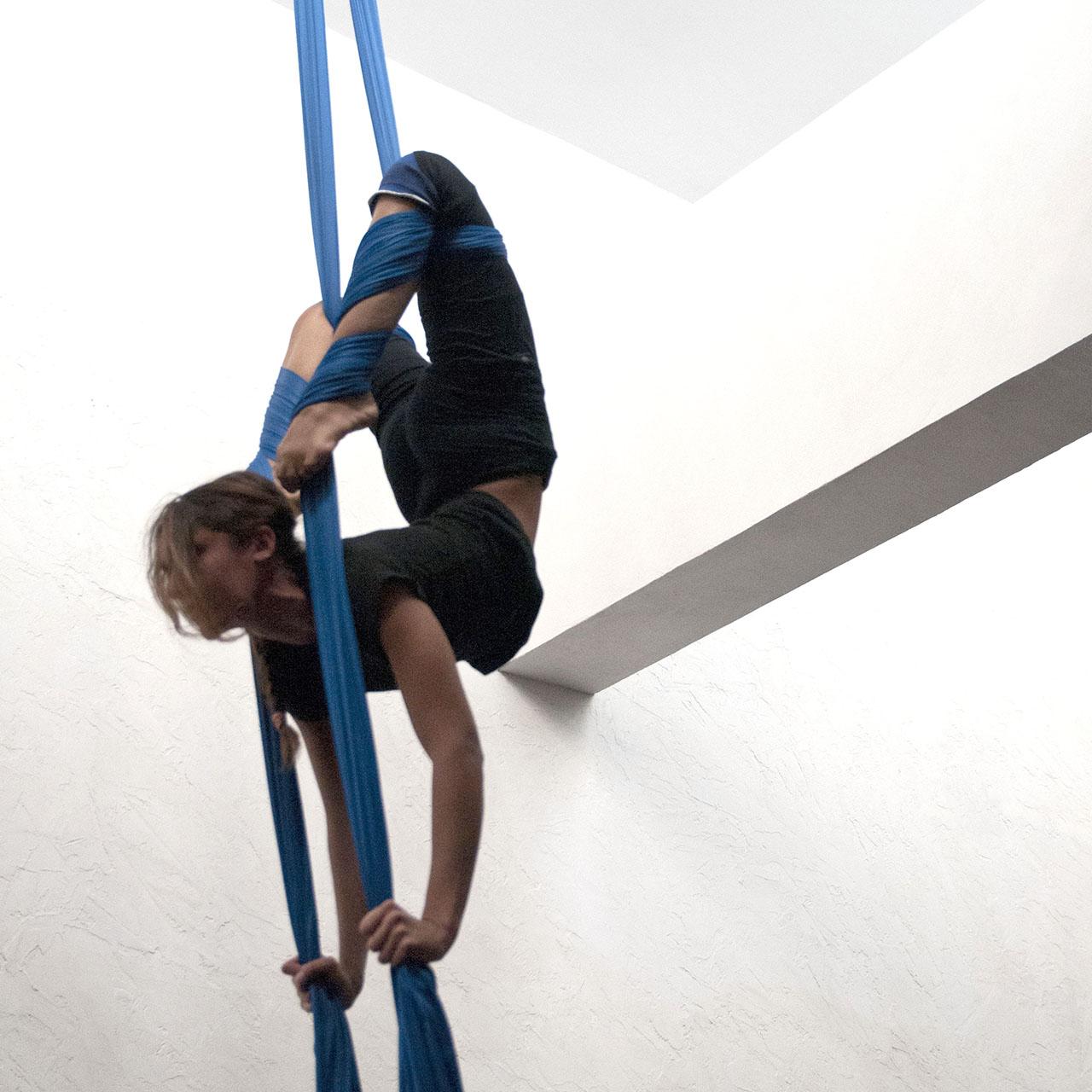 Acrobatica Aerea – Tessuti (Aerial Silk)